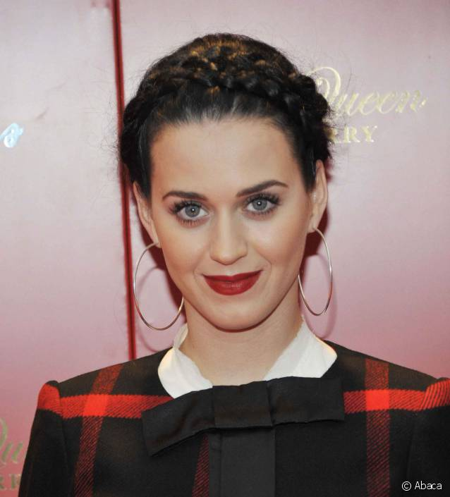 coiffure couronne tresse Katy Perry