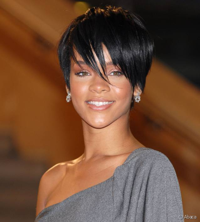 coiffure rihanna courte. Black Bedroom Furniture Sets. Home Design Ideas