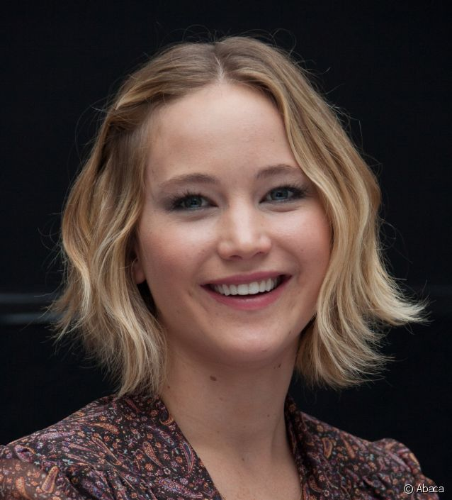 carré plongeant court Jennifer Lawrence