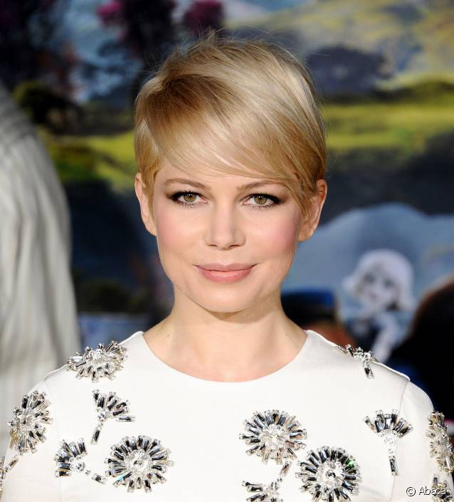 coupe cheveux courte Michelle Williams