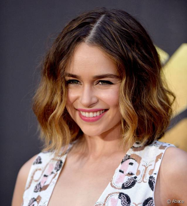 Mtv movie awards les plus belles coiffures beaut fr - Tie and dye sur carre plongeant ...