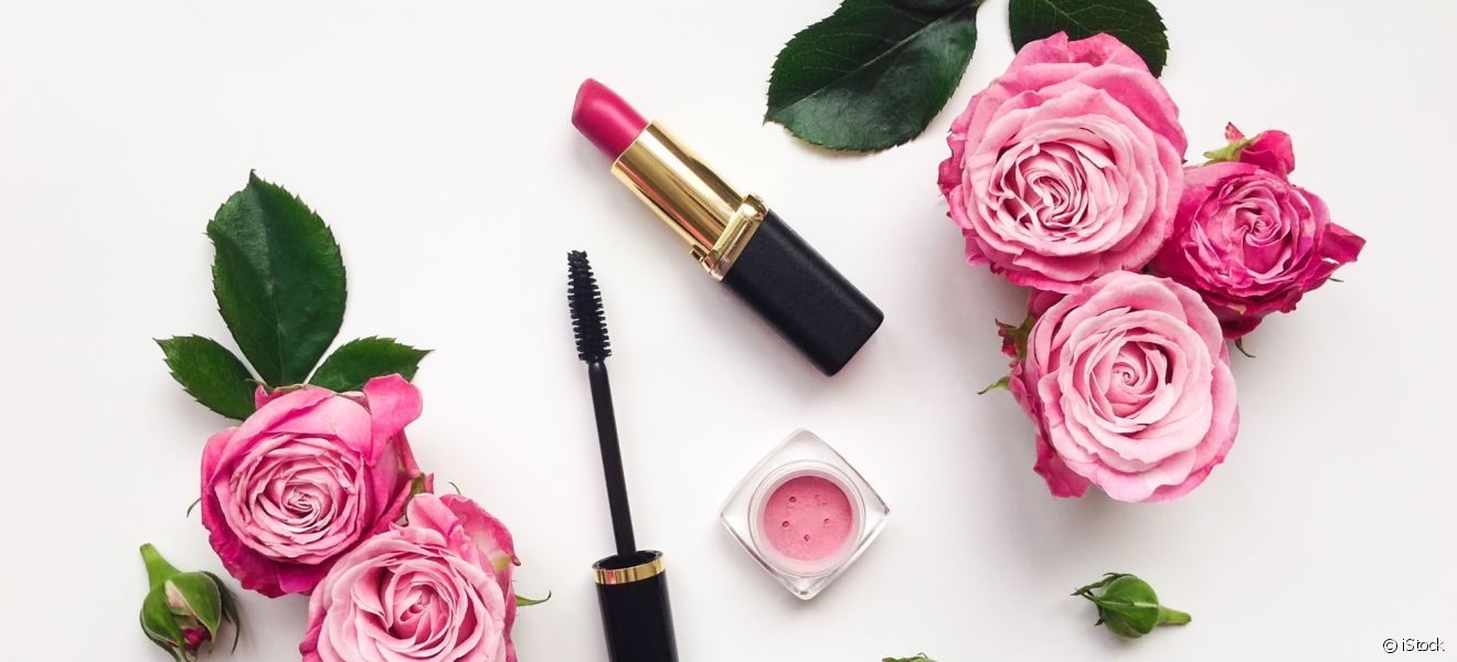 Le step by step d'un smoky eyes rose réussi.